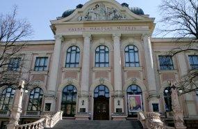 100 dārgumu Latvijas mākslas muzejā