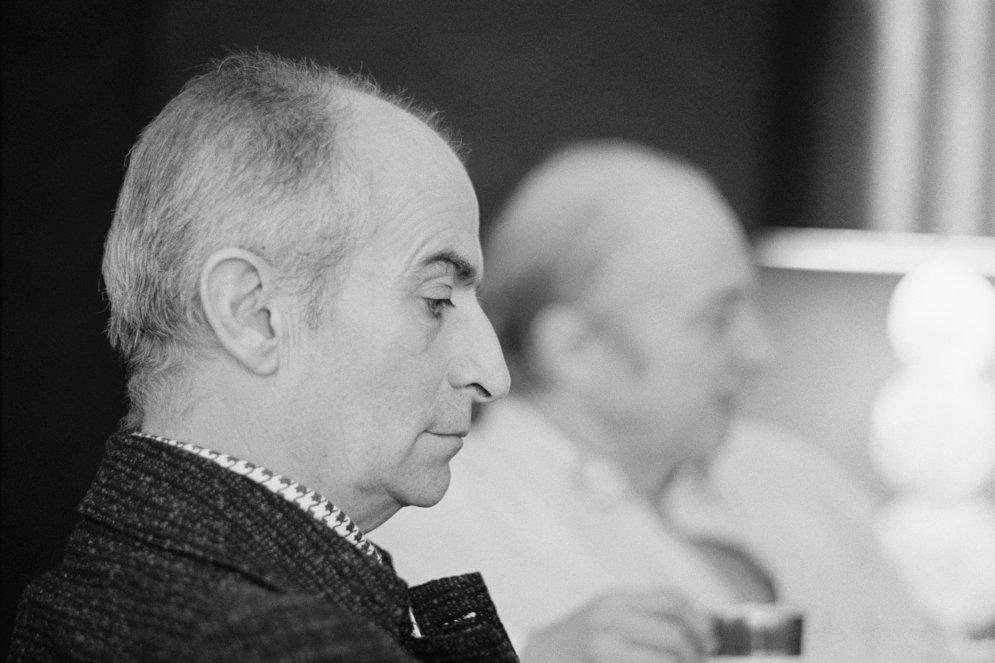 """100 лет Луи де Фюнесу: редкие """"живые"""" фотографии лучшего французского комика"""