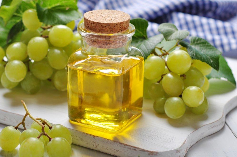 Vīnogu kauliņu eļļa