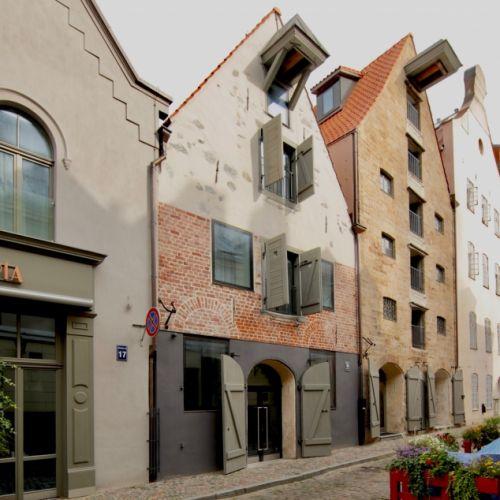 Ēku rekonstrukcija Miesnieku ielā